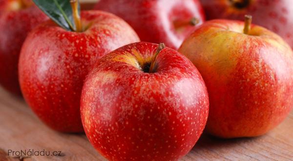 kilo-cervenych-jablek